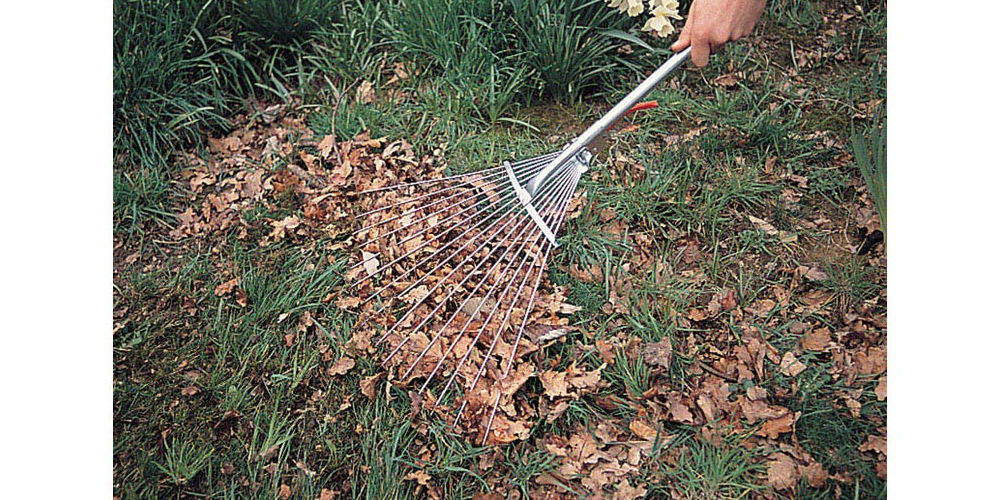 Draper adjustable rake
