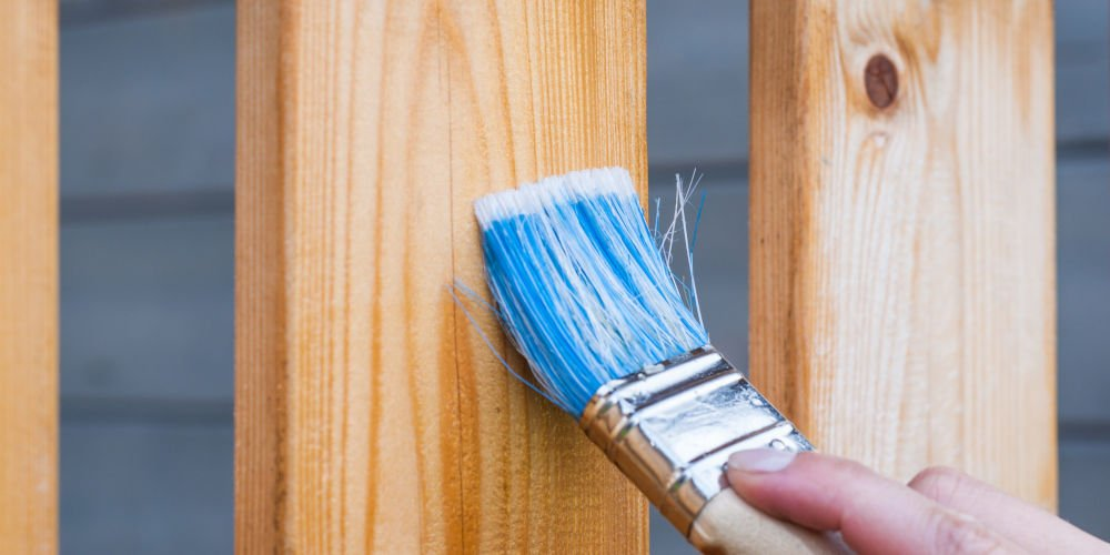 painting fencing